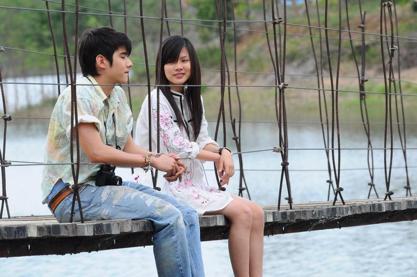 Shone: Bpen fan gub chun mai? (Will you be my girlfriend)
